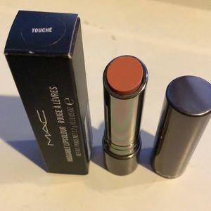 MAC huggable lipstick: touché